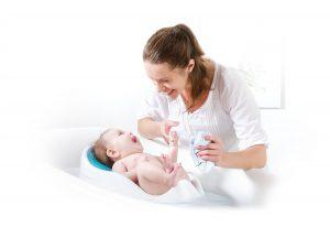 Le transat de bain bébé pour donner le bain facilement