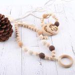 Le collier d'allaitement ou collier de portage est un accessoire tendance et ludique.