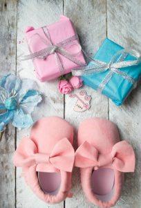 Quel cadeau offrir pour la naissance d'un petit garçon ou d'une petite fille ?