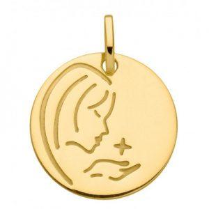 La médaille de baptême Trabbia Vuillermoz est le cadeau idéal pour un baptême.