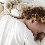 Le bruit blanc pour bébé apaise et aide votre enfant à s'endormir.