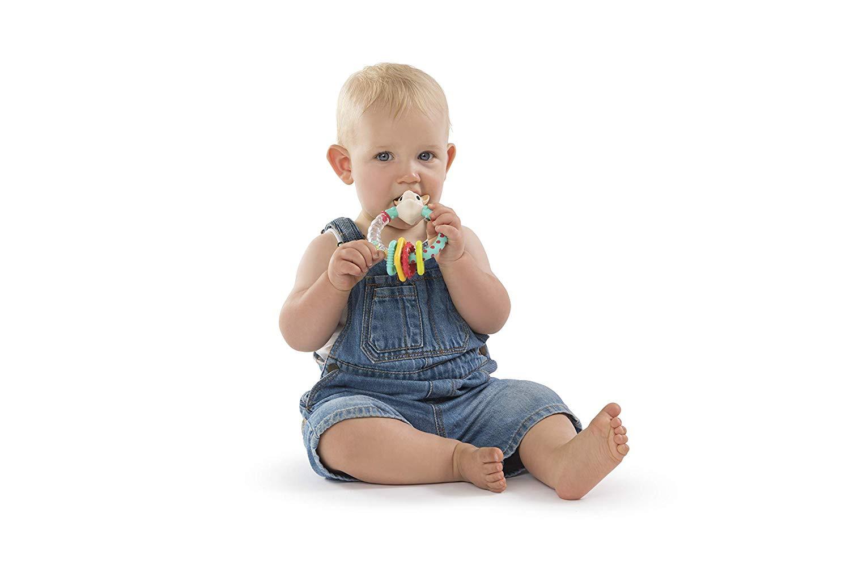 La poussée dentaire rend souvent un bébé irritable.