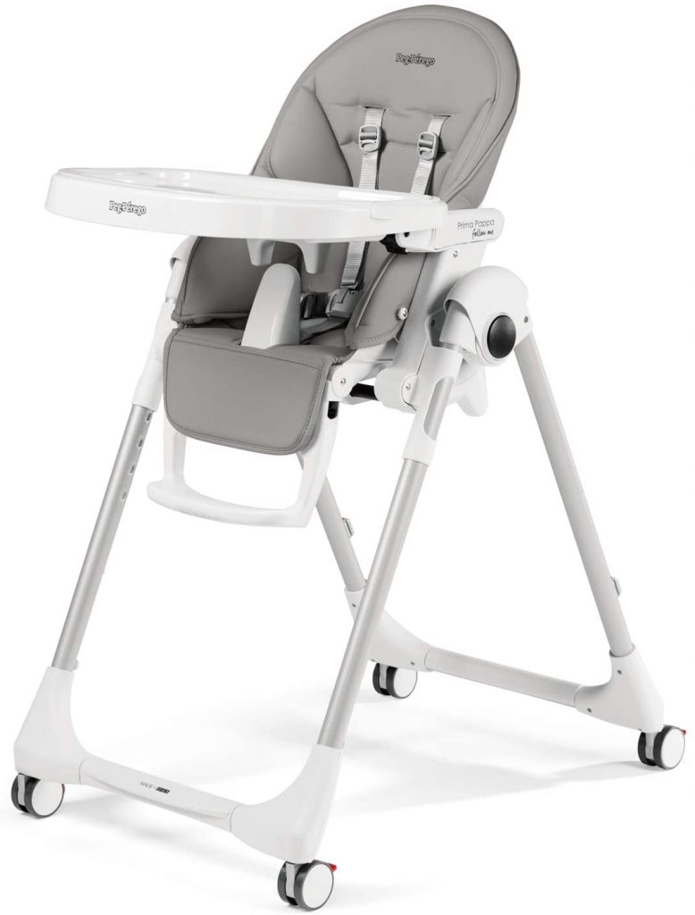 La chaise haute Prima Pappa de Peg Perego supporte un poids jusqu'à 30 kilos.