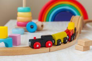 Les jouets en bois : de belles idées cadeaux !