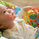 Découvrez tout ce que vous devez savoir pour trouver une place en crèche à votre bébé.