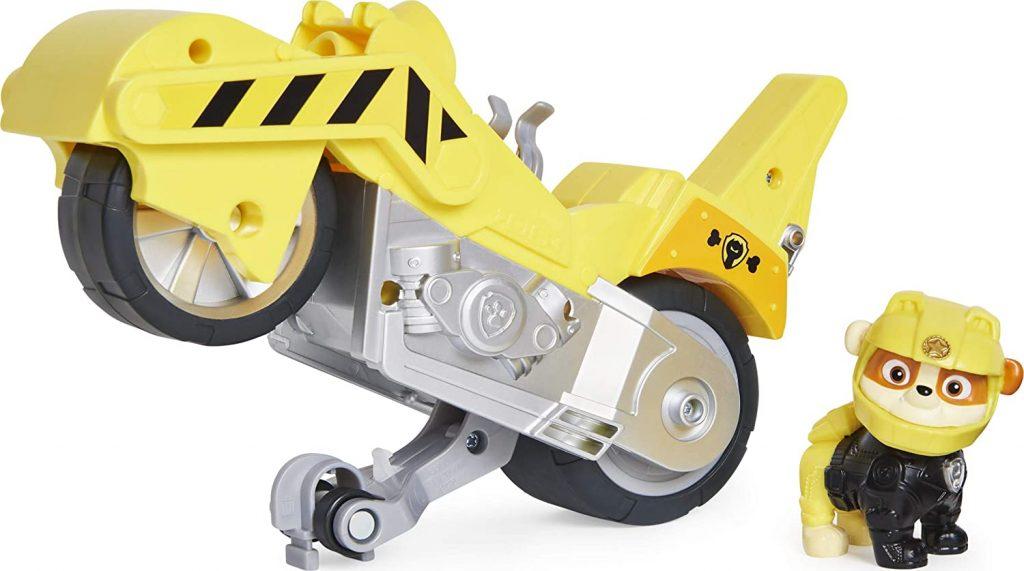 La figurine de Ruben de la Pat Patrouille est livré avec le véhicule Moto Pups.