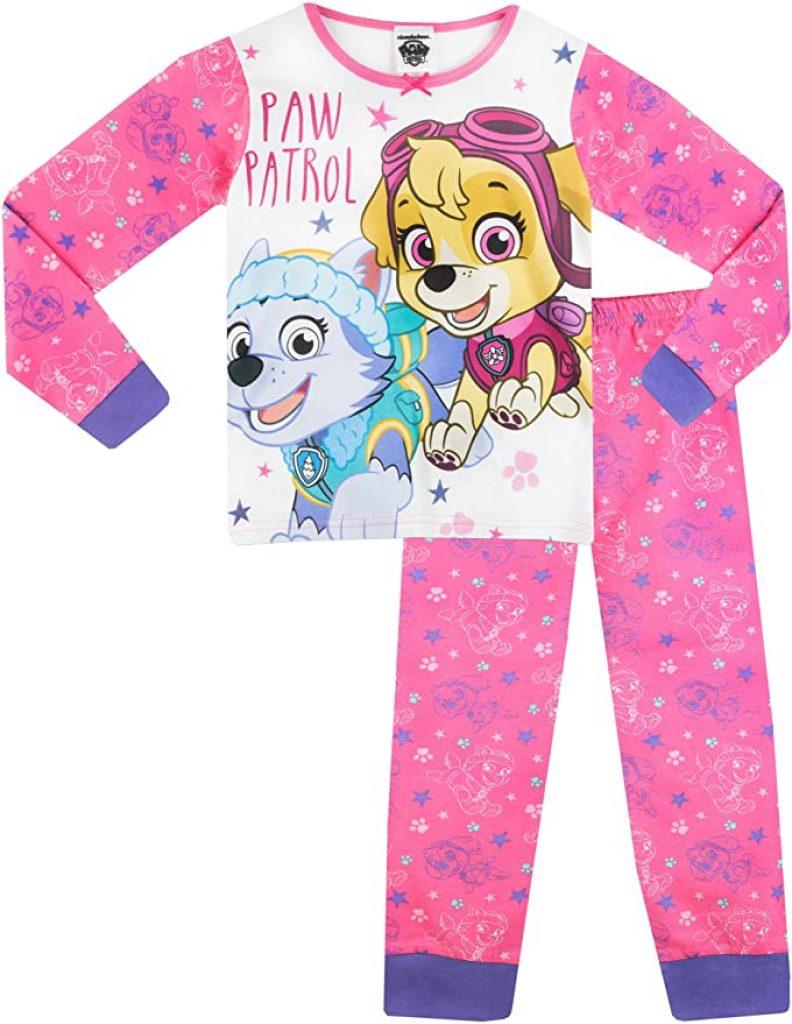 Ce pyjama de la Pat Patrouille a un haut à l'image de Stella et Everest.