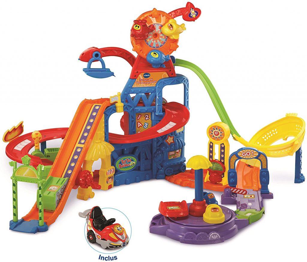 Le jouet Tut Tut Land est un grand parc d'attractions pour les petits.