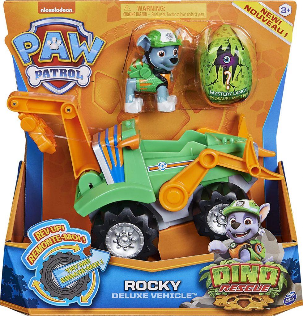 Le véhicule Dino Rescue de Rocky de la Paw Patrol possède une figurine et un dinosaure surprise.
