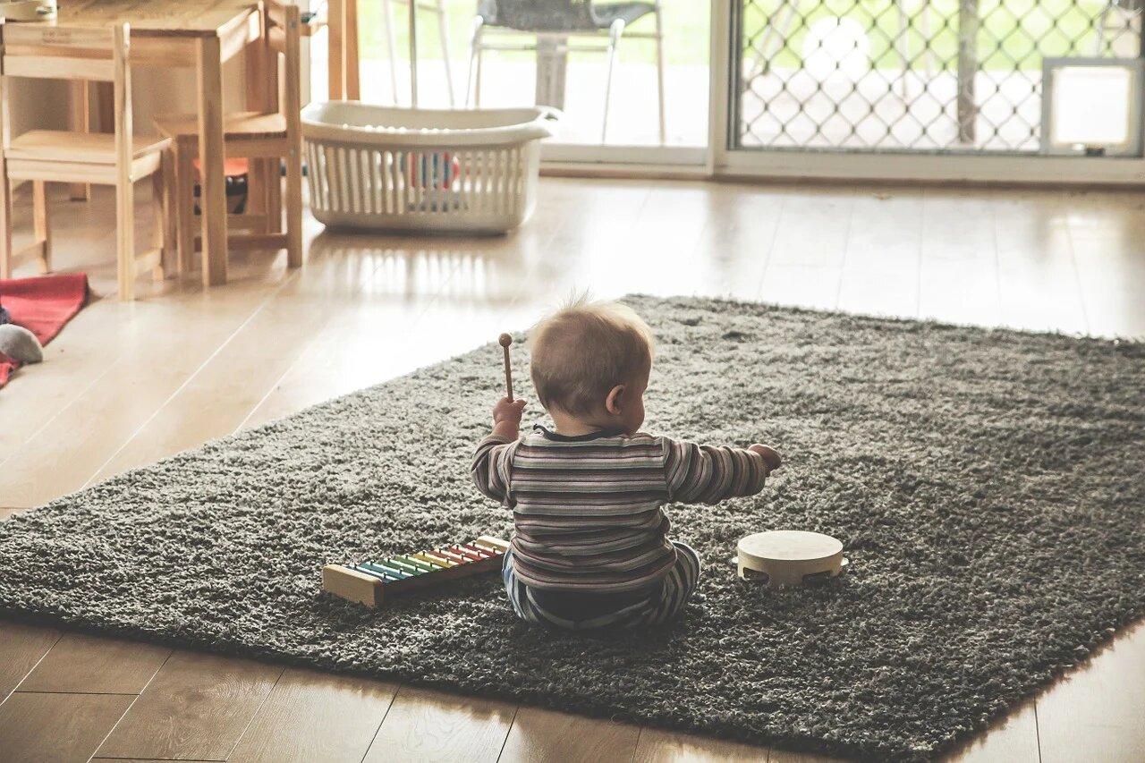 Découvrez nos conseils pour choisir votre baby sitter.