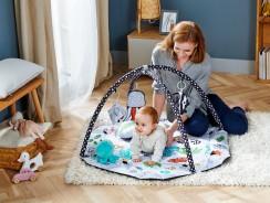 Comment stimuler votre bébé avec le noir et le blanc ?